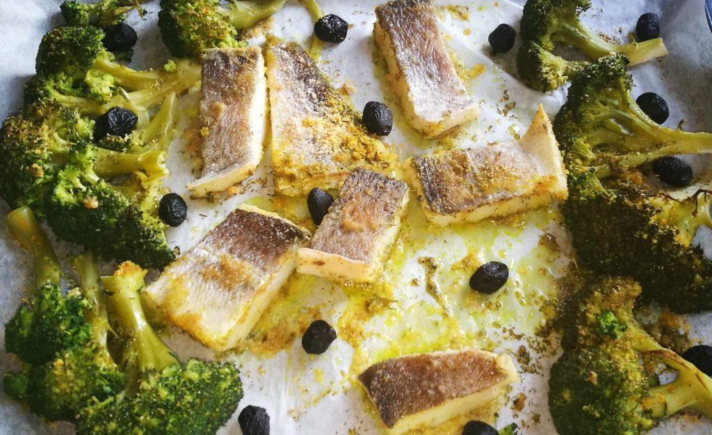 baccalà, broccoletti e olive al forno