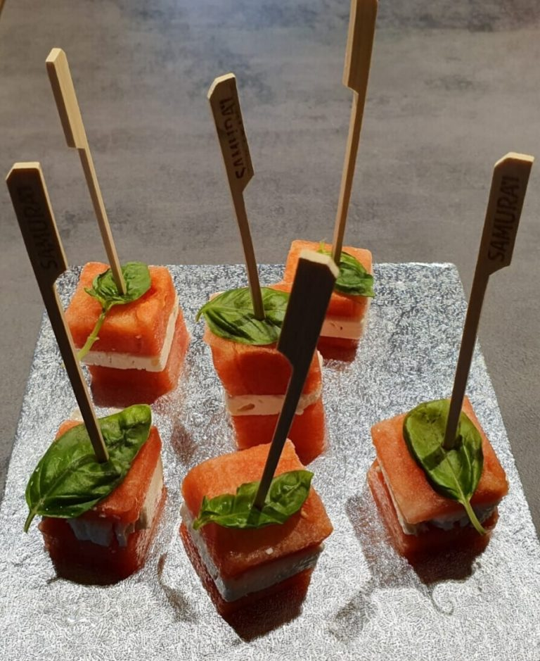 Anguria feta e basilico in finger food
