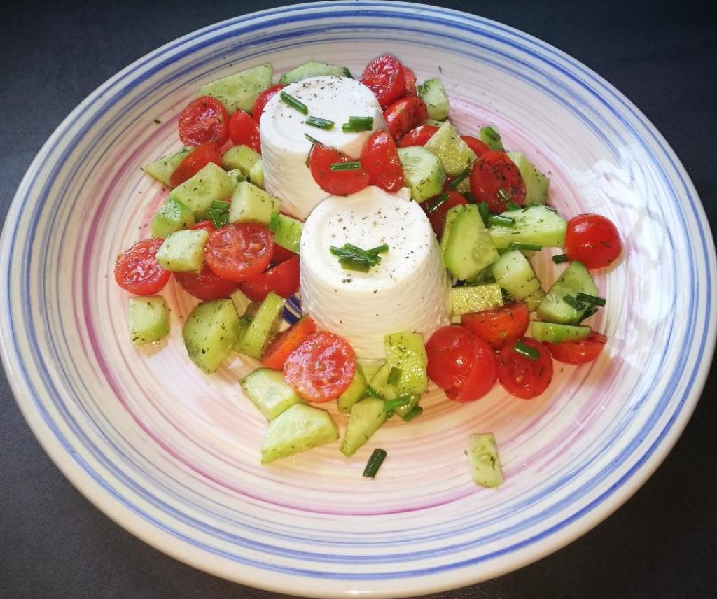 ricottine pomodorini e cetroli