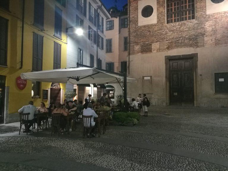 Milano da bere: cena in Brera