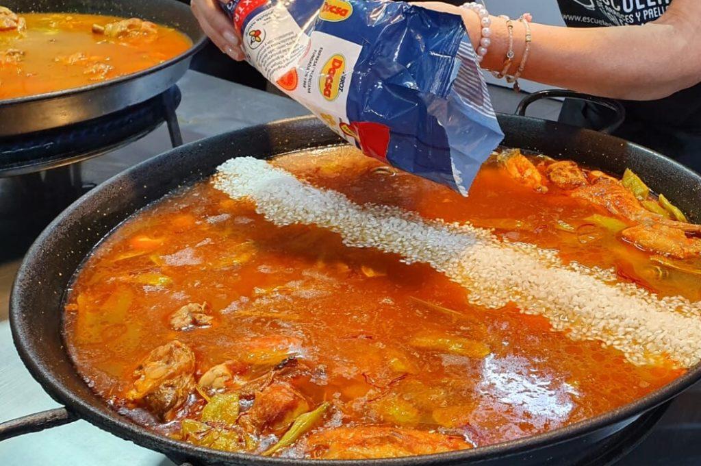 paella valenciana preparazione