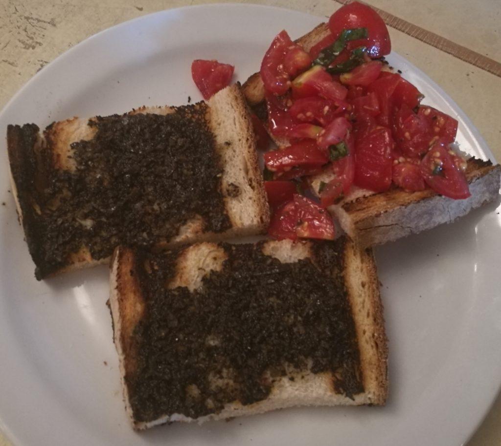 bruschette tartufo e pomodoro