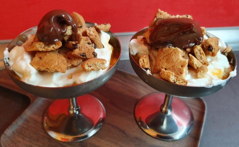 Cachi dessert con yogurt greco