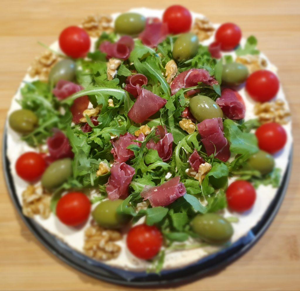 cheesecake salata con bresaola e rucola