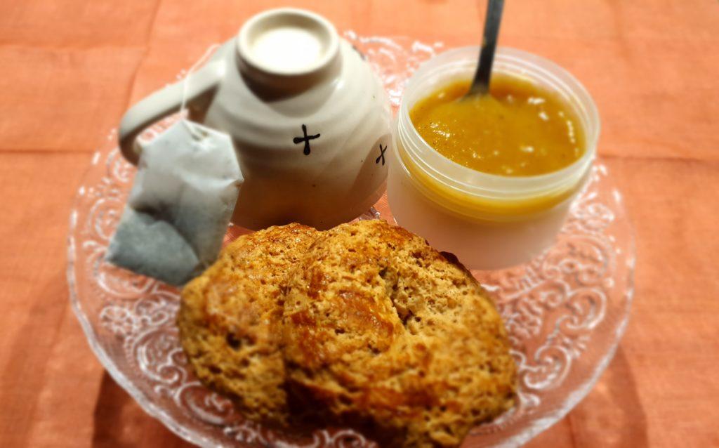 marmellata biscotti e tè