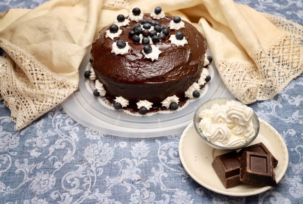 ciffon cake panna mirtilli e cioccolato