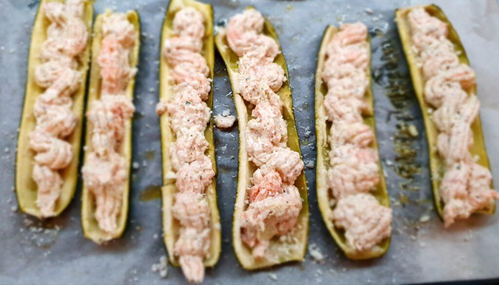 zucchine ripiene di crema di salmone e ricotta