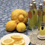 Limoncello con limoni di Calabria