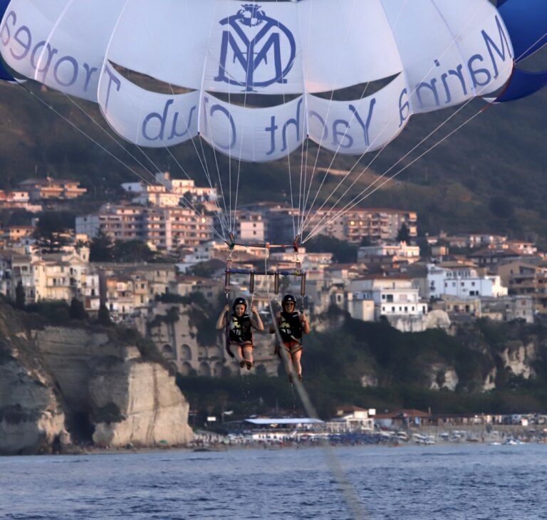 Un volo speciale: parasailing