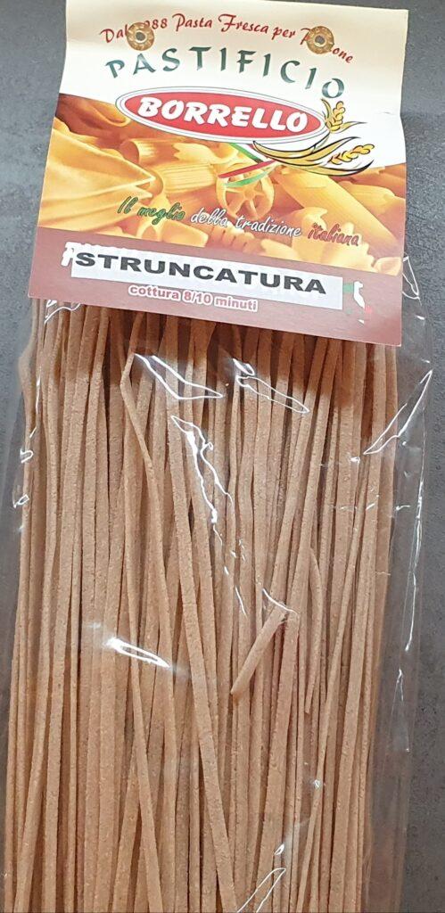 una confezione di pasta struncatura calabrese