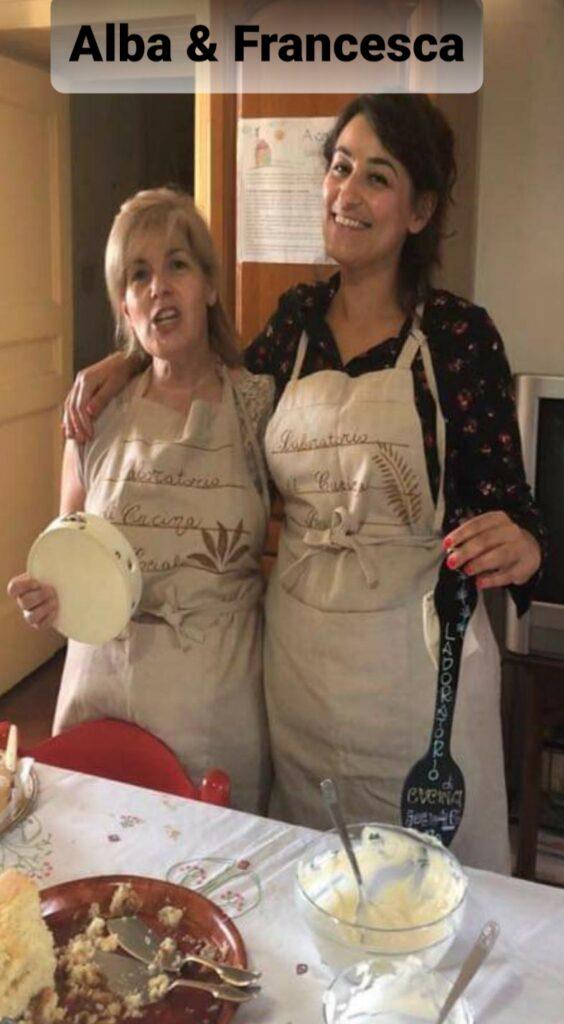 foto di Alba e Francesca del laboratorio di cucina sociale del reventino