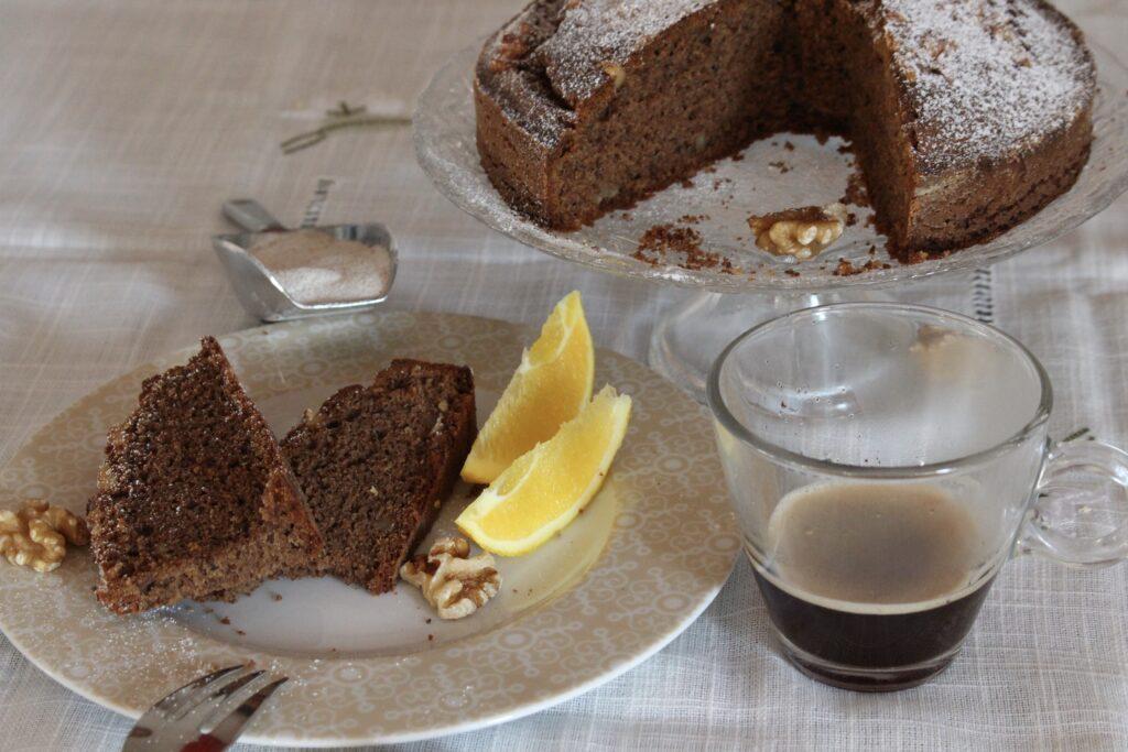 foto fette di torta di grano saraceno e noci