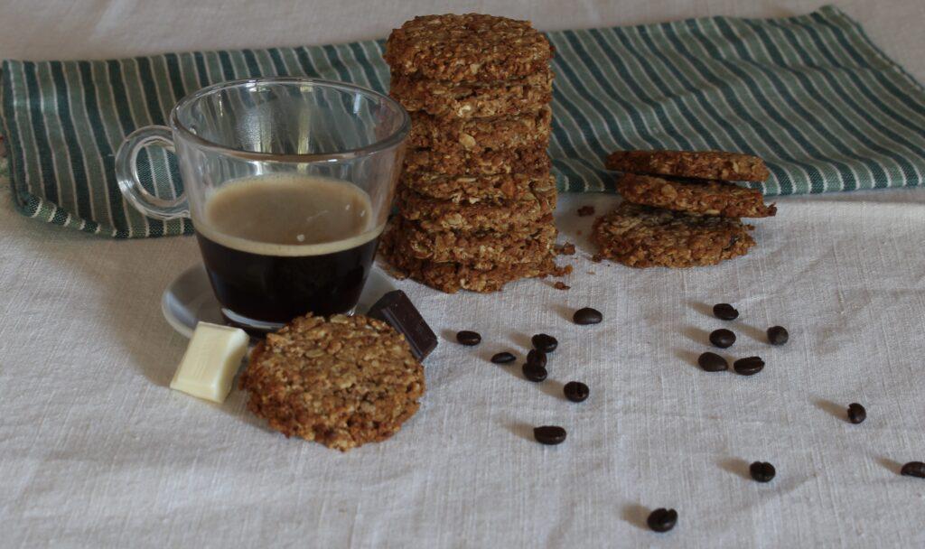 biscotti da colazione con fiocchi d'avena e riso soffiato