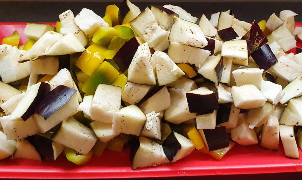 verdure miste tagliate a cubetti