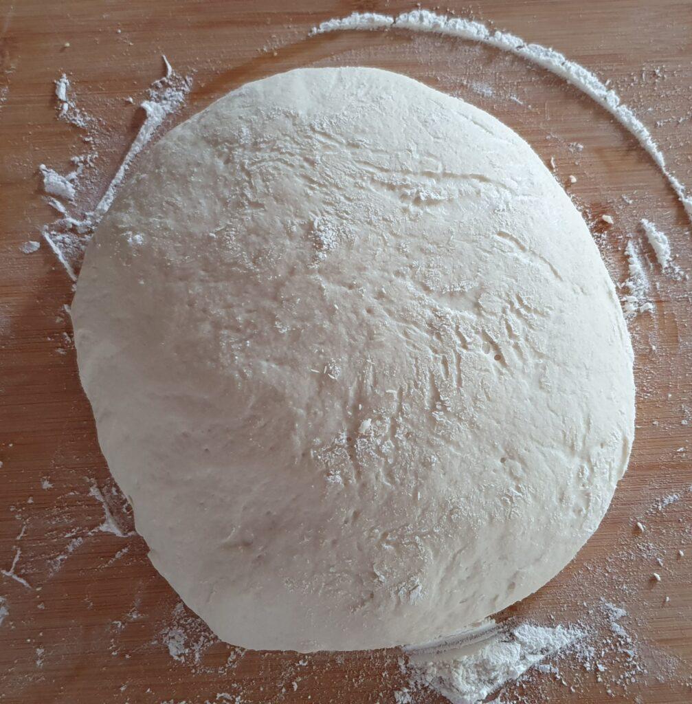 impasto pizza al pomodoro