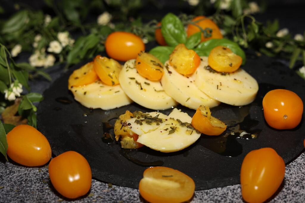 gnocchi alla romana con pomodorini, olio evo e spezie