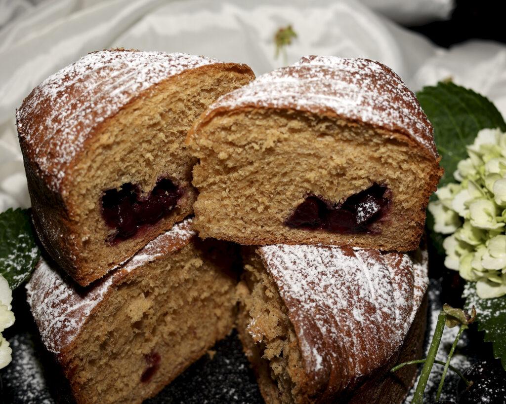 interno wool roll cake alle ciliegie