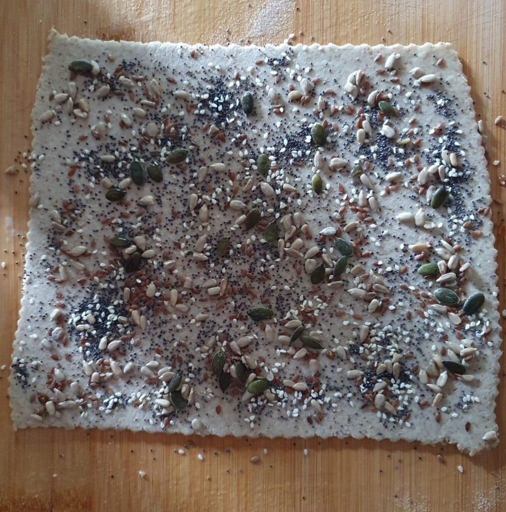 sfoglia per grissini integrali con semini