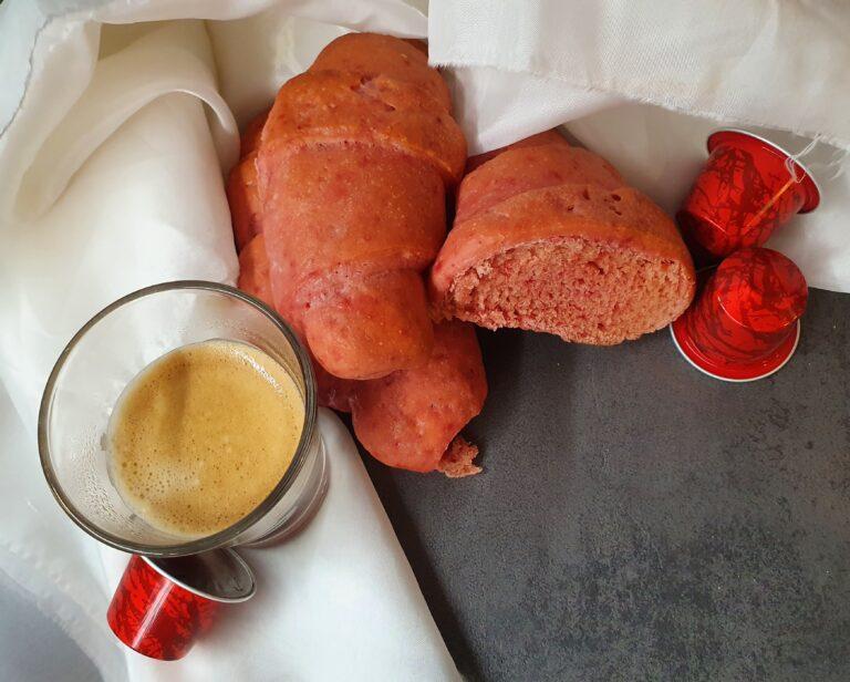 Cornetti rossi con lievito madre senza burro