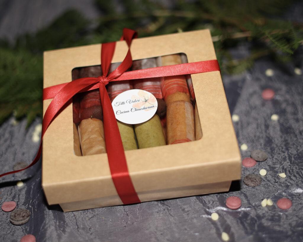 confezione regalo con cartucce calabresi colorate